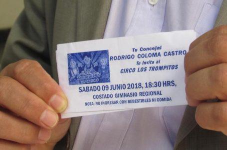 Denuncian a concejal Coloma ante Contraloría por uso político de circos