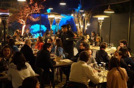 """""""Food & Experience"""": asistentes disfrutaron de grato ambiente, junto a cortes de carne premium y los mejores vinos maulinos"""