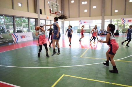 Gran actuación de deportes colectivos maulinos en jornada inaugural de los Juegos Deportivos Escolares