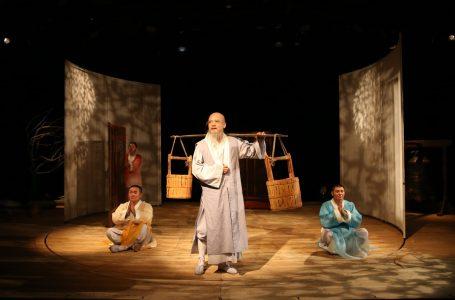 """Con obra familiar china llega """"Teatro Mil"""" a Talca"""