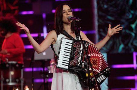 Julieta Venegas llegará a Talca con su Tour Íntimo Chile 2020.