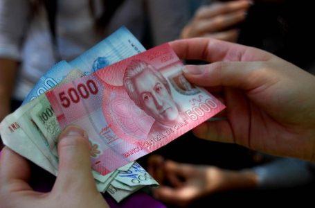 Sueldo mínimo aumentará 18 mil pesos a partir de marzo.