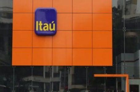 Clientes de Itaú acusan aprovechamiento del banco en la postergación de créditos