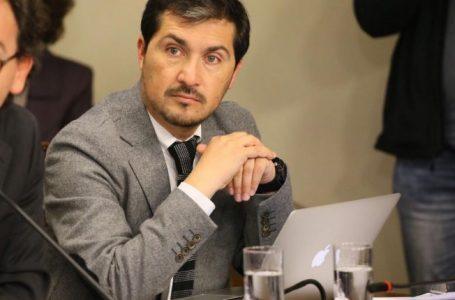 Diputado Hugo Rey prepara denuncia por alzas en tarifas eléctricas