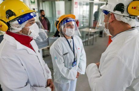 Seremi del Trabajo y Coordinador de Seguridad Pública inspeccionan a principal productora de carne de cerdo del Maule