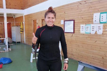 Canoísta maulina Karen Roco seguirá sus entrenamientos en Laguna Curauma