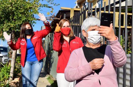 Adultas mayores de la región recibieron sus kits para participar en la Ruta Digital de Prodemu