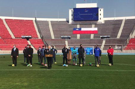 Presidente Piñera anuncia retorno del fútbol profesional
