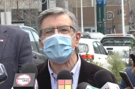 """Agustín Squella: """"Lavín nunca será Presidente; ayer por conservador y hoy por impostor"""""""