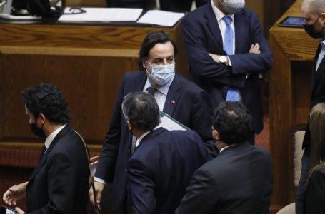 Ministro Pérez renunció tras aprobarse acusación en la Cámara de Diputados