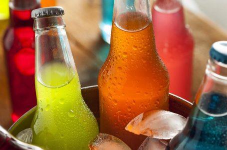 Fanático de las gaseosas: ¿Cuántos vasos de bebida puedo consumir al día?