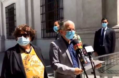 Colegio de Profesores pide renuncia de ministro Lucas Palacios