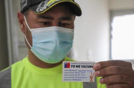 Funcionarios de parquímetros de Linares son vacunados contra el Covid-19