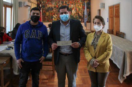 """Emprendedores linarenses recibieron recursos del programa """"Linares Emprende"""""""
