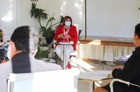 Municipio de Teno insiste que gobernadora Bravo coloque en tabla recursos para pavimentación de ruta J-25